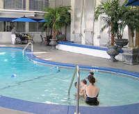 La Quinta Inn and Suites Room Photos