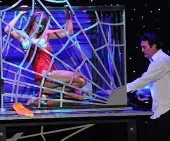 Rick Thomas Illusionist & Magic Show, magic tricks