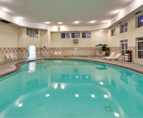 Country Inn and Suites Antioch, TN Indoor Pool