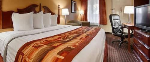 Room Photo for Best Western Fairwinds Inn