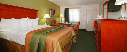 Photo of Best Western Music City Inn Room