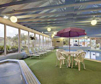 Howard Johnson Inn Cape Cod Indoor Pool