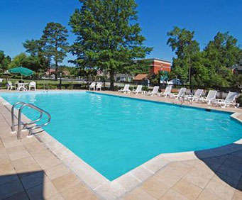 Outdoor Pool at Quality Inn Historic Area
