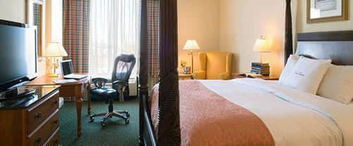 Room Photo for Doubletree Hotel Savannah Historic District