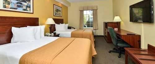 Quality Inn Pooler Room Photos