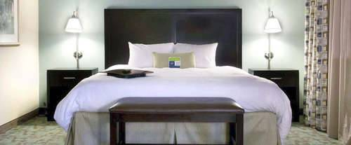 Photo of Hampton Inn and Suites Savannah-Airport Room