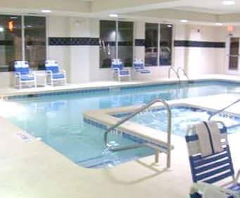 Hampton Inn & Suites Savannah - I-95 South - Gateway Indoor Pool