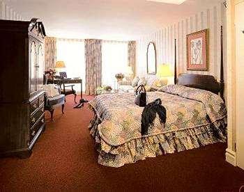 Hotel Le Cantlie Suites Room Photos