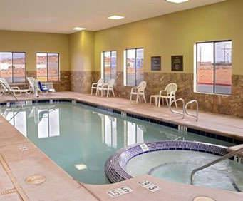 Comfort Inn & Suites Indoor Swimming Pool