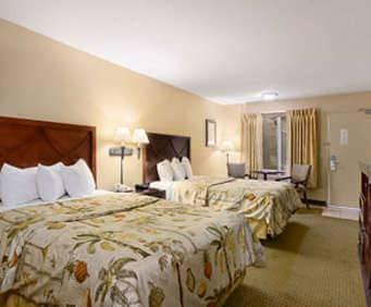 Room Photo for Days Inn & Suites Seaworld