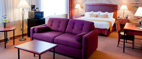 Quality Hotel Vancouver - Inn at False Creek Room Photos