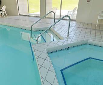 Best Western Baraboo Inn Indoor Pool