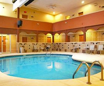 Loyalty Inn Wisconsin Dells Indoor Pool