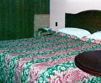 Photo of Reedsburg Motel Reedsburg Room