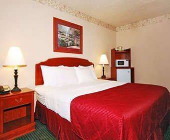 Room Photo for Clarion Hotel and Convention Center