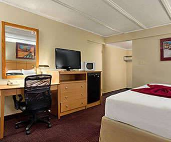 Travelodge Flagstaff Room Photos