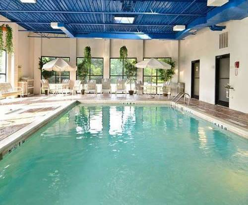 Best Western Louisville East Indoor Pool