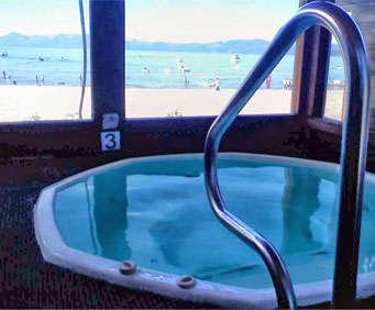 Sun 'N Sand Lodge Hot Tub Photo