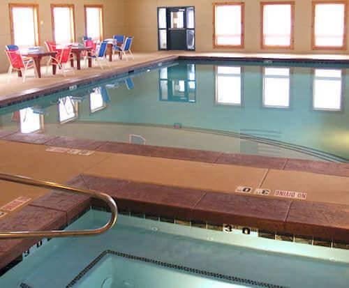 Flying Saddle Resort Hot Tub Photo