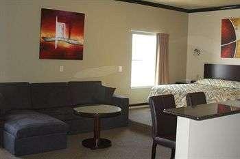 Blue Bay Inn & Suites Room Photos