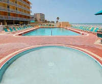 Photo of Comfort Inn & Suites Daytona Beach, FL  Room