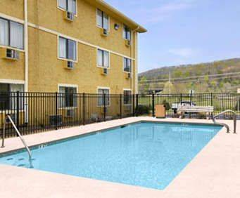 Outdoor Pool at Super 8 Chattanooga Lookout Mountain, Tn