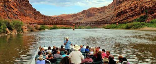 unWine'd & Dine Canyonlands Sunset Tour, floating tour