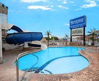 Rodeway Inn & Suites Landmark Inn Hot Tub Photo