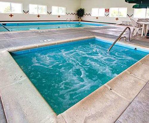 Comfort Inn Green River Hot Tub Photo