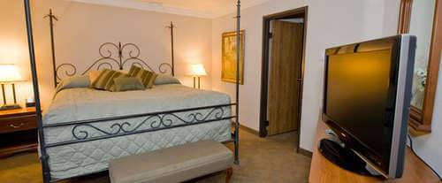 Photo of Best Western Landmark Inn Room