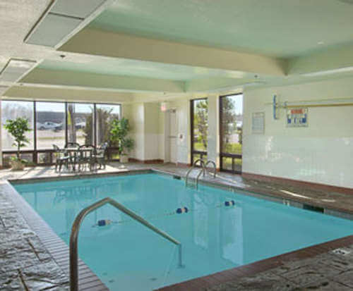 Days Inn Springfield South Indoor Pool