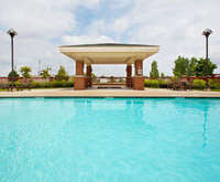 Outdoor Swimming Pool of Holiday Inn Express Springfield