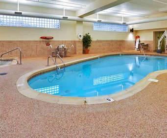 Hampton Inn Pittsburgh McKnight Road Indoor Swimming Pool