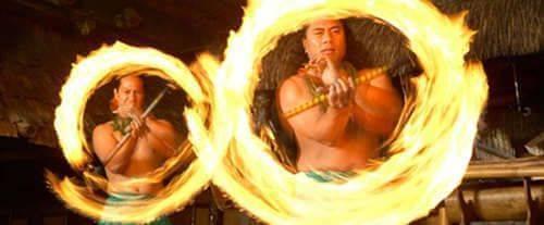 Mai-Kai Polynesian Dinner Show, fire spinning