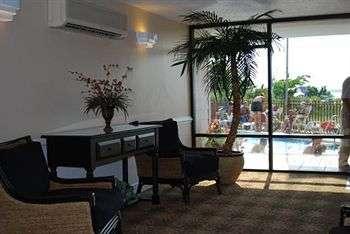 Sea Bay Hotel Lobby