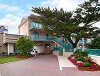 Exterior of Days Inn Oceanfront