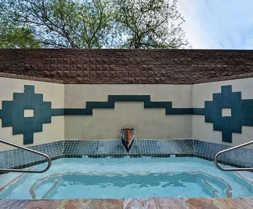 Best Western Inn of Tempe Hot Tub Photo