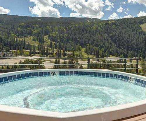 Outdoor Pool at Inn by Keystone Resort
