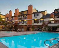 Mariposa Inn & Suites Dining