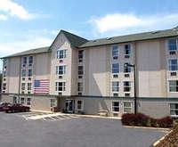 Photo of Rodeway Inn & Suites At Biltmore Square Room