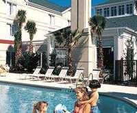 Outdoor Swimming Pool of Hilton Garden Inn Gilroy