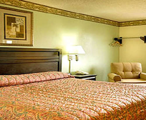 Photo of Super 8 Gilroy Room