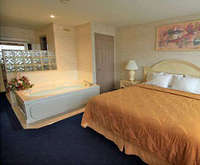Photo of Comfort Inn Clifton Hill - Niagara Falls, Canada Room