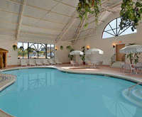 Days Inn Niagara At The Falls Indoor Pool