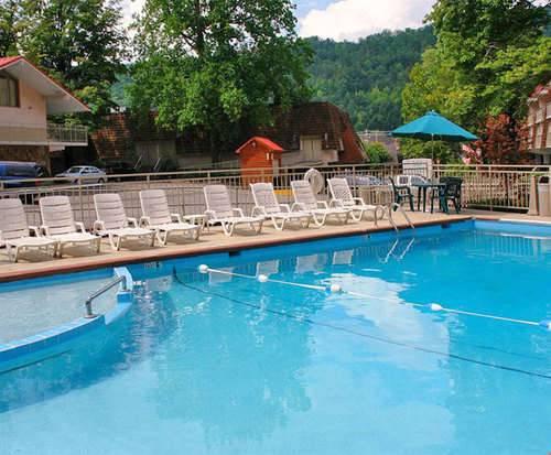 Outdoor Pool at Quality Inn Creekside - Gatlinburg, TN