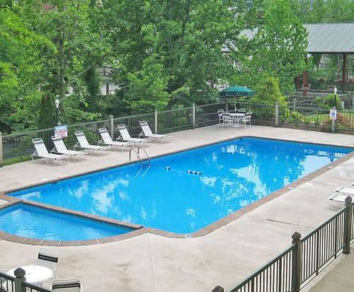 Outdoor Pool at River Terrace Resort & Convention Center