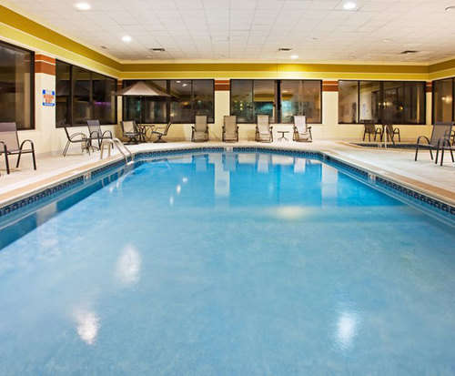 Holiday Inn Express Hotel & Suites - Pigeon Forge, TN Indoor Pool