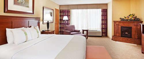 Photo of Holiday Inn Resort Hotel - Pigeon Forge, TN Room
