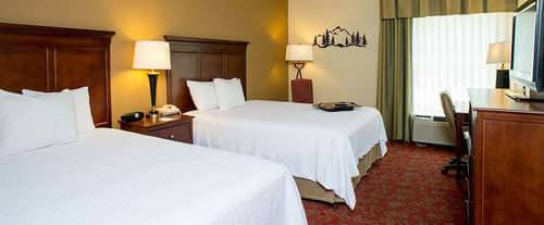 Photo of Hampton Inn & Suites Pigeon Forge On The Parkway Room