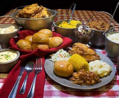Hatfield & McCoy Dinner Feud Show, food